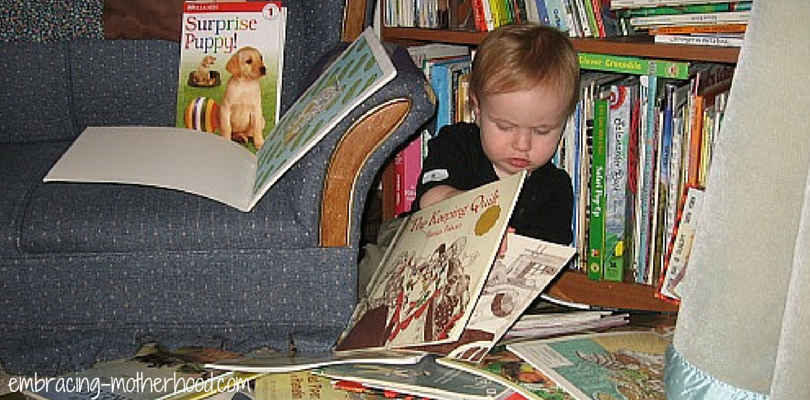 embracing motherhood how to raise children who want to read by surrounding them with books and cuddles
