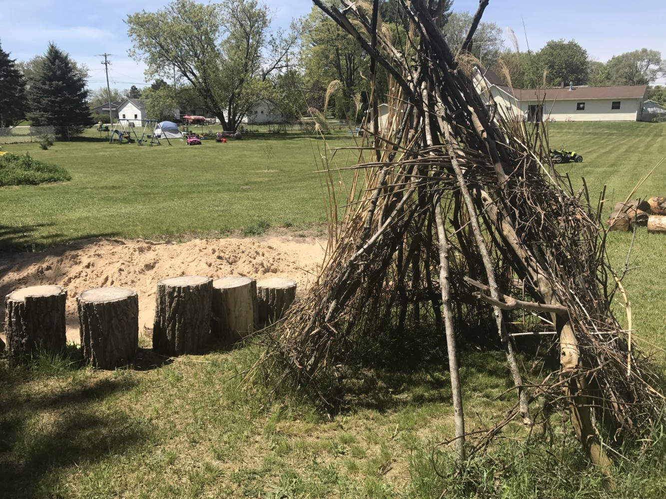 how to make an outdoor teepee u2013 embracing motherhood