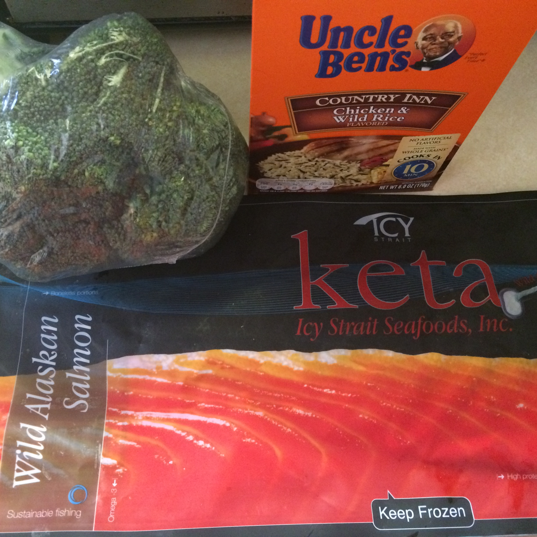 wild caught salmon, broccoli, and rice