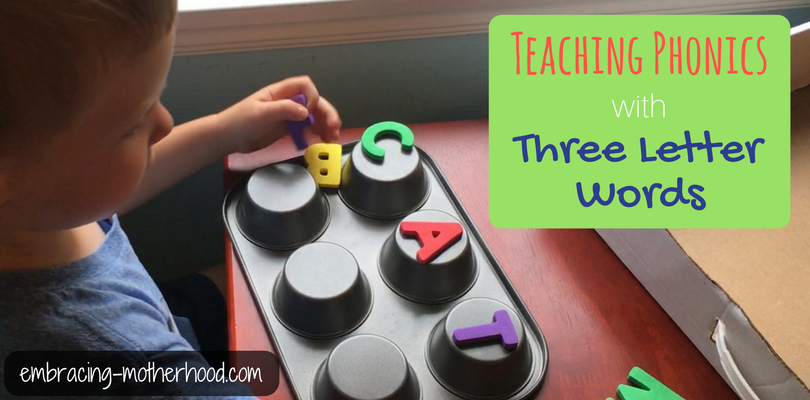 Teaching Phonics with Three Letter Words