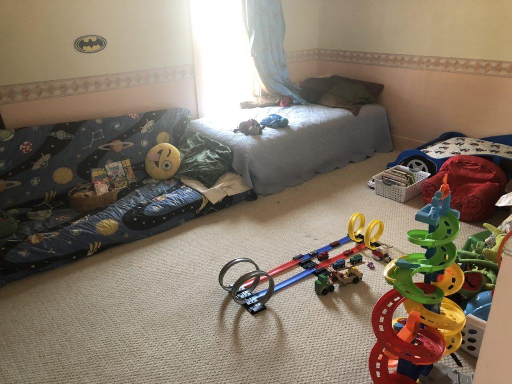 Julian's Room (3)